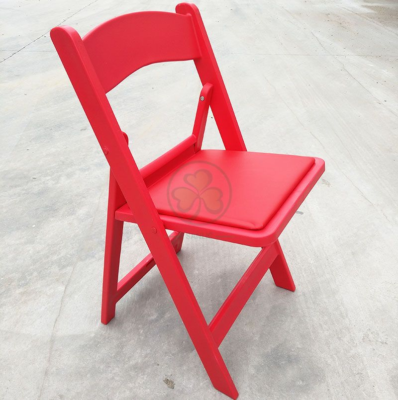 Bespoke Red Resin Folding Chair for Outdoor or Indoor Weddings and Events SL-R2002RRFC