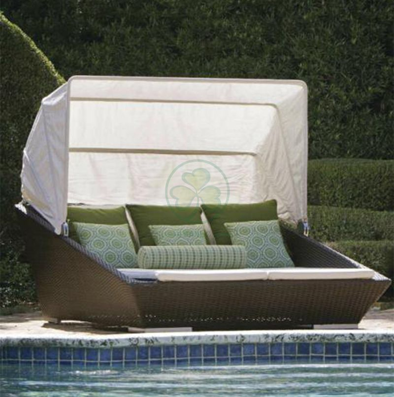 Wholesale Outdoor Pool Swimming Pool Wicker Chaise Lounge Chair Rattan Sunbed with Retractable Canopy SL-WR2191ORSC