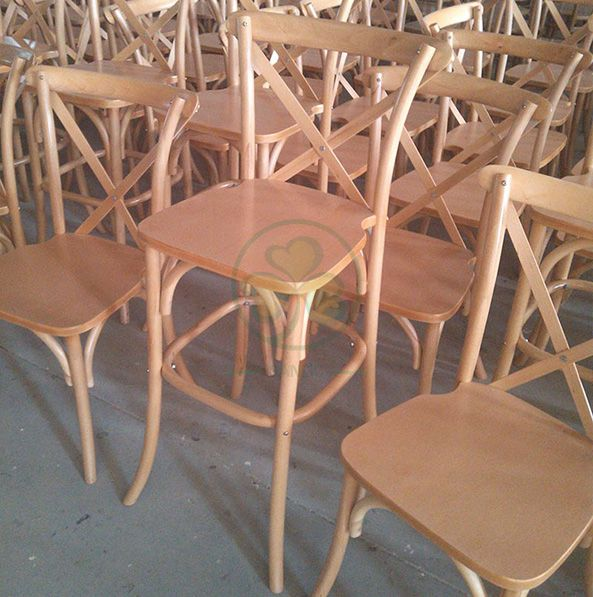 Factory Wholesale Wooden Crossback Barstools for Various Outdoor Events  SL-W1914WCBB