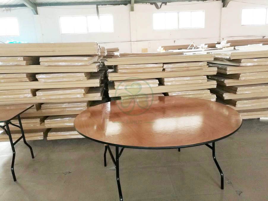 Wholesale Round Wood Folding Banquet Table for Indoor or Outdoor Events or Weddings with PVC Edge SL-T2085